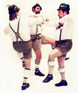 Hire German Oktoberfest Dancers